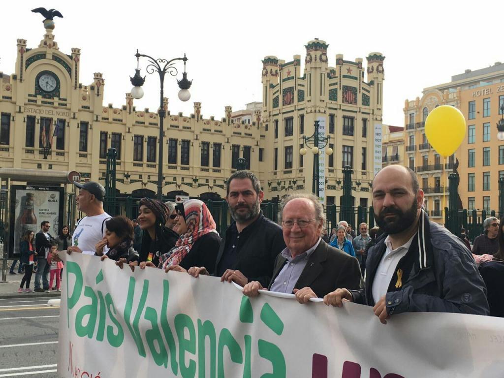 Josep de Luis, president de l'OCB, també ha estat al capdavant de la marxa.