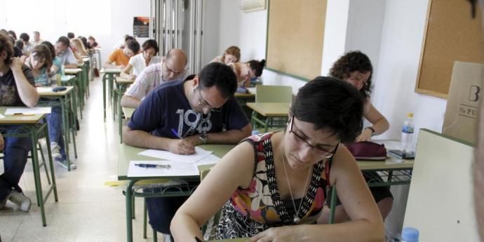 La UOB reclama ajornar les oposicions docents al 2021
