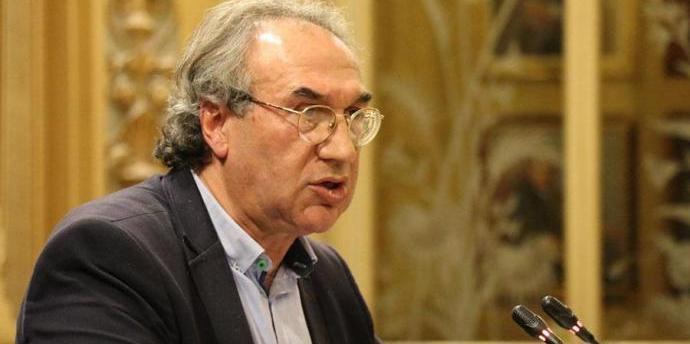 Educació insisteix en la «necessitat urgent» de garantir l'oferta de places d'oposicions