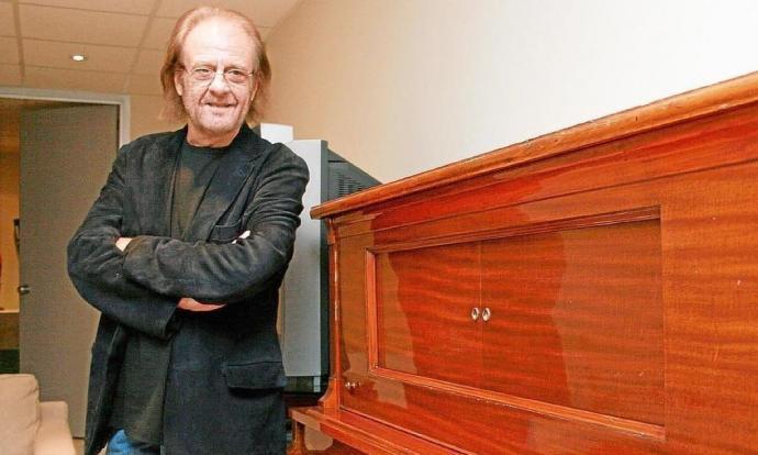 Ha mort el cantautor i pintor Luis Eduardo Aute als 76 anys