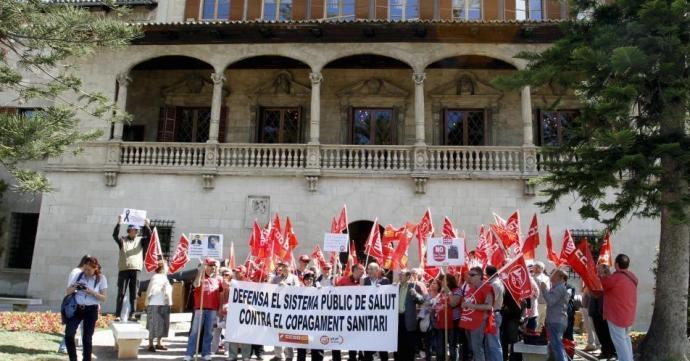 Una dotzena d'entitats fan una crida a fer un nou model de Sanitat Pública de les Balears basat en el dret universal a la salut i la vida