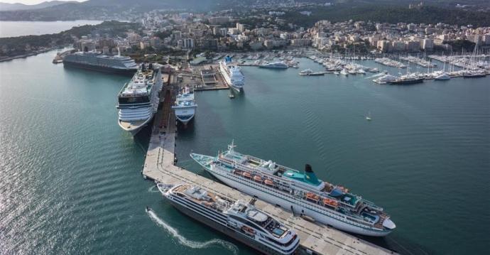 Prorroguen la prohibició de l'entrada de creuers i vaixells de passatgers als ports