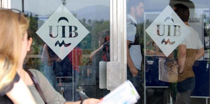 El Govern assegura que vetlla pel funcionament de la comunitat universitària