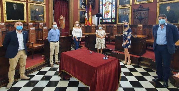 El PP demana els títols de català dels alts càrrecs, assessors i gerents de l'Ajuntament de Palma