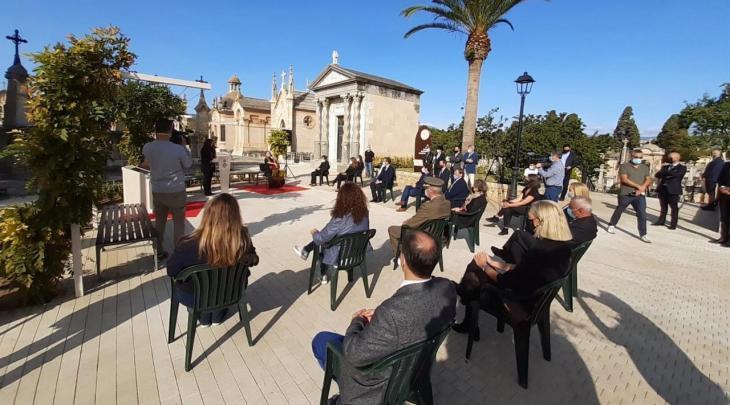 L'Ajuntament de Palma celebra un acte civil en memòria de les víctimes de la Covid-19 al Cementeri de Son Valentí