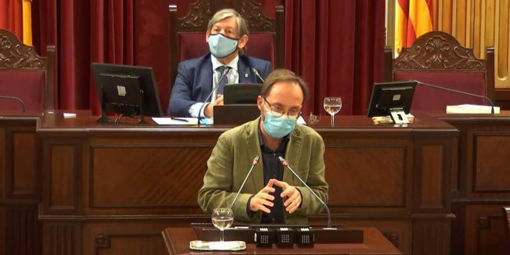 El diputat Josep Castells, confinat per contacte amb Covid-19