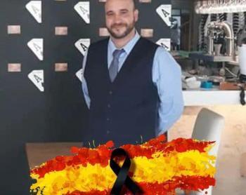 L'impulsor de la manifestació contra les mesures sanitàries és un espanyolista d'ultradreta, negacionista de la pandèmia, dels drets de les dones i de la unitat del català