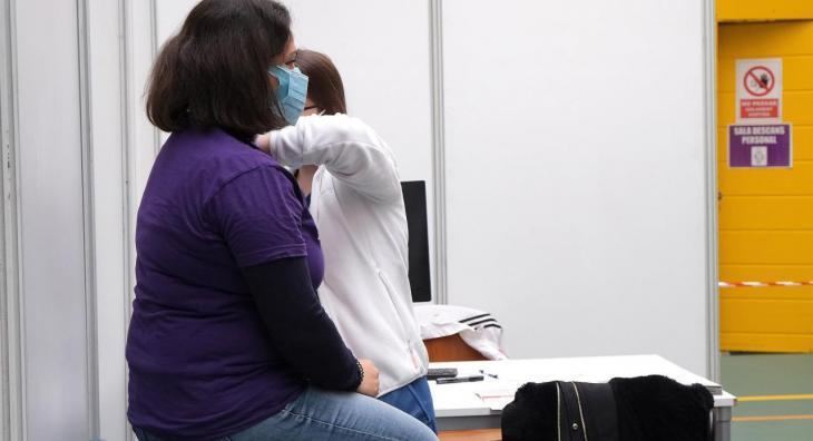 La vacunació avança a les Balears: ja s'han administrat gairebé 255.000 dosis de vaccins contra la Covid-19