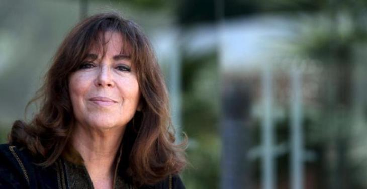 Maria del Mar Bonet rep el premi Alícia 2021 per la seva «excel·lència creativa, interpretativa i professional»
