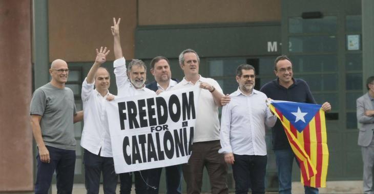 Primeres reaccions a la sortida dels presos polítics indultats