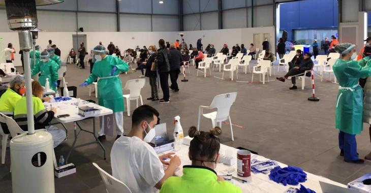Les Balears notifiquen 1.334 casos de Covid-19 i superen els 300 ingressats als hospitals