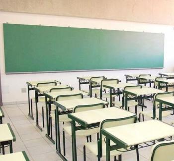 STEI: «La Conselleria no permet que el professorat major de 55 anys pugui gaudir de la reducció horària»