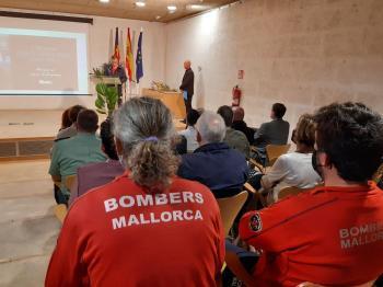 La X Fira de Cossos d'Emergències homenatja el bomber de Mallorca Joan Cifuentes