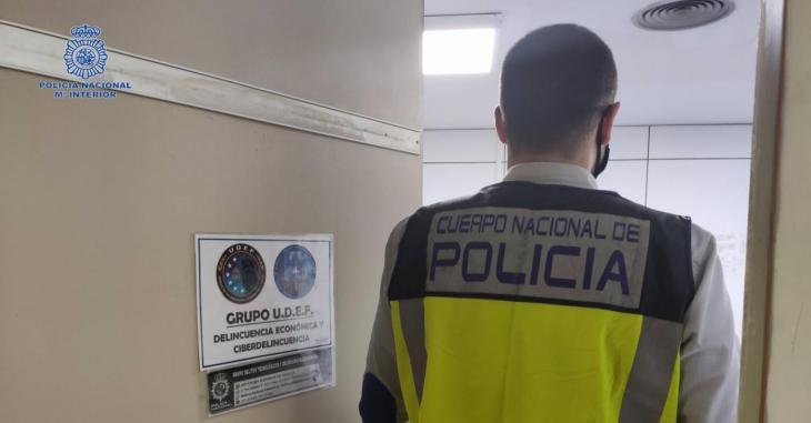 Dos detenguts a Palma per estafar 27.000 euros mitjançant el frau del CEO